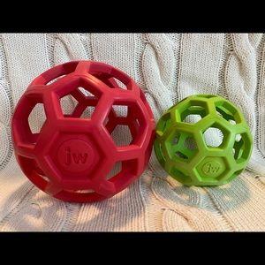 JW hol-ee dog balls. NWOT.